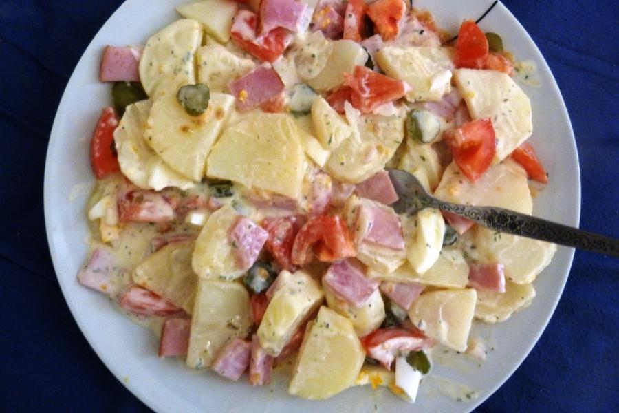 Salade de pommes de terre (typepiémontaise)