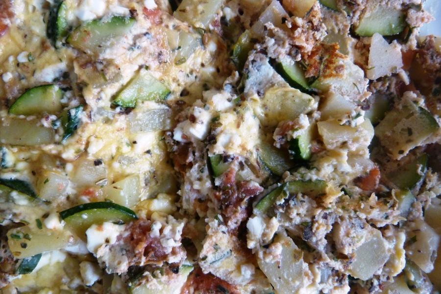 Omelette à la feta et aux troislégumes
