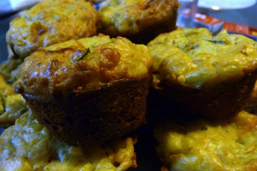 Muffins salés à la ricotta et aux petitslégumes