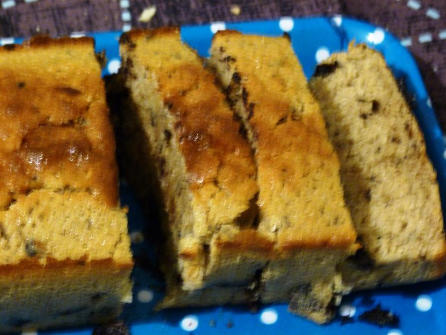 Gâteau vanille-cannelle aux copeaux dechocolat