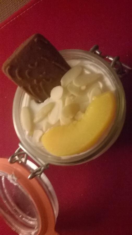 Cheesecake léger aux pêches (sanscuisson)