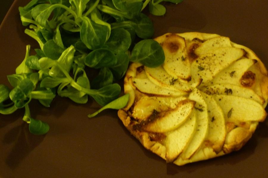 Tartelettes pommes, camembert etthym
