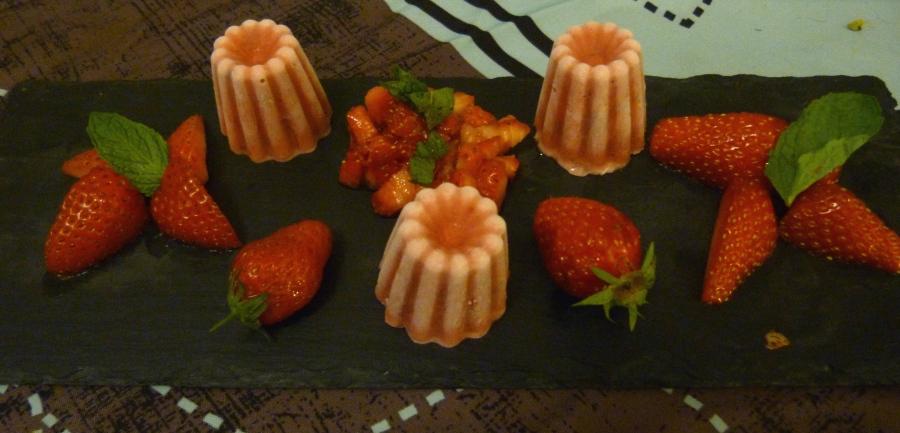 Mini cannelés glacés à la fraise et à lamenthe