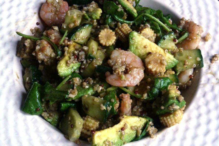 Salade fraîche de quinoa et boulgour auxcrevettes