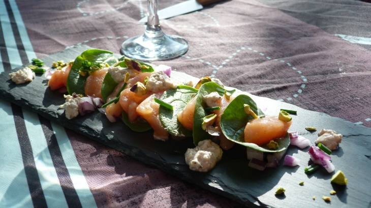 sashimi-de-saumon-marines-a-lhuile-vanillee-2