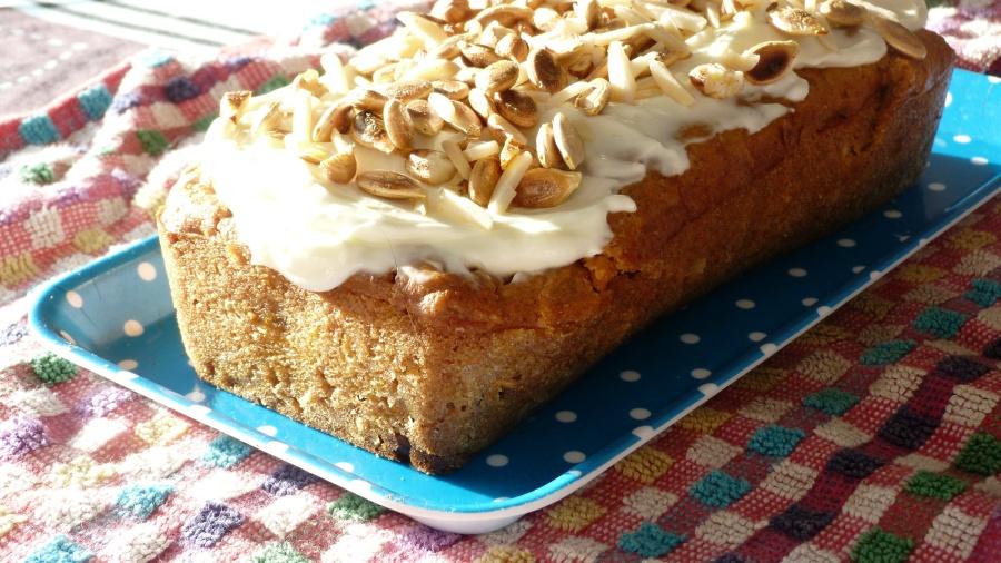 Bataille Food #40 : pumpkin cake aux fruits secs et son glaçage crémeux au fromagefrais