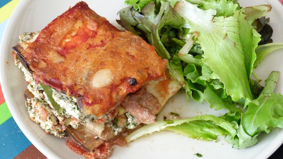 """""""Lasagnes"""" d'aubergines et courgettes au fromage de brebis"""