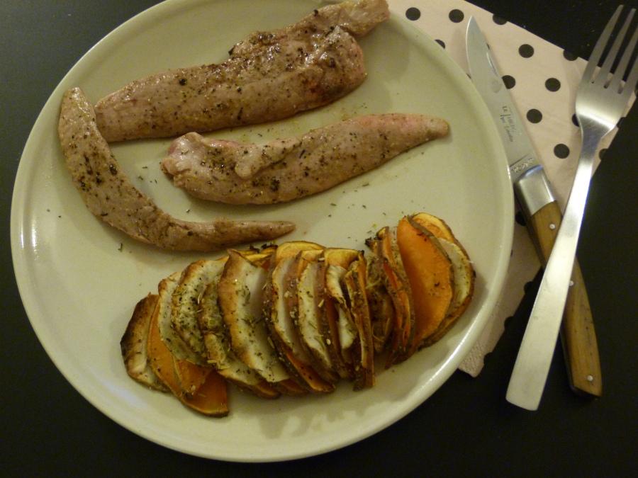 Aiguillettes de canard, sauce au miel d'oranger et jus de clémentines, et son tian de patate douce ettopinambours