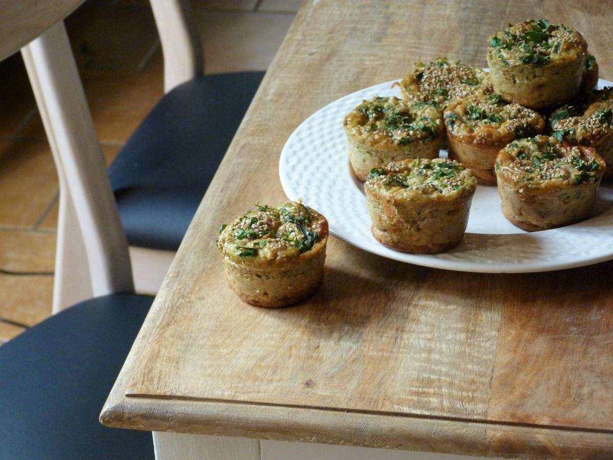 Muffins aux courgettes, tomme de chèvre et tomates séchées